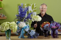 How to Make a Hydrangea Centerpiece!