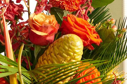 JTV-2-0670-alt-flowers-together-W