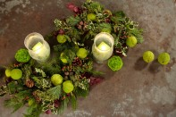 Serpentine Wreath with Crystal Frost Hurricanes!