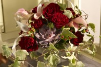 How to Make a Romantic Arrangement using Heartz Roses