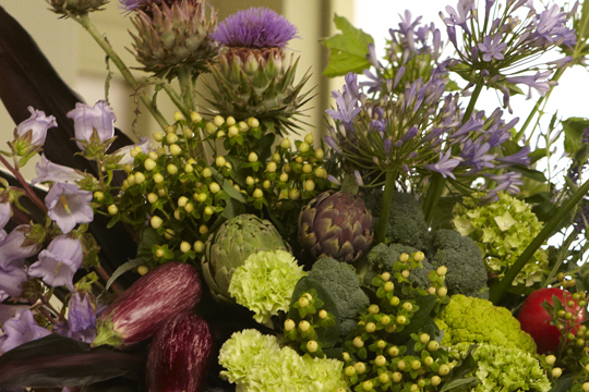 How to create an Italian Inspired Arrangement using Flowers and Vegetables
