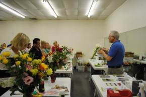 Hands on workshop at Choice Flower Exchange