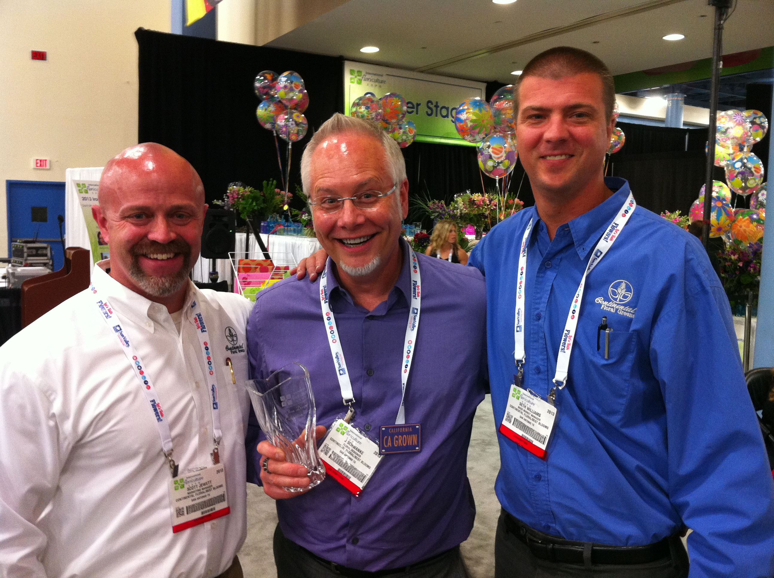Scott Jewett and Seth Williams from Continental Floral Greens... with IFE Iron Designer 2014 Winner J Schwanke!