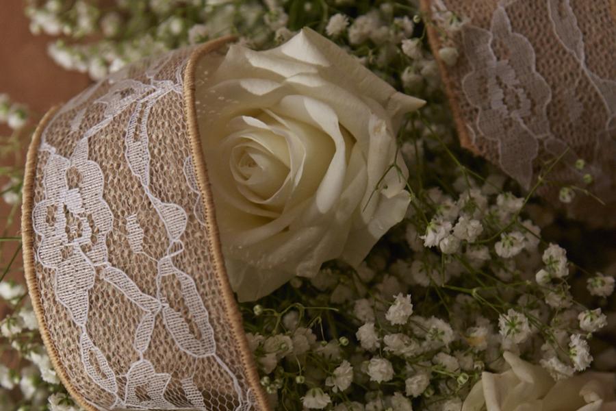 JTV_20130053-Lace-Burlap-Rose