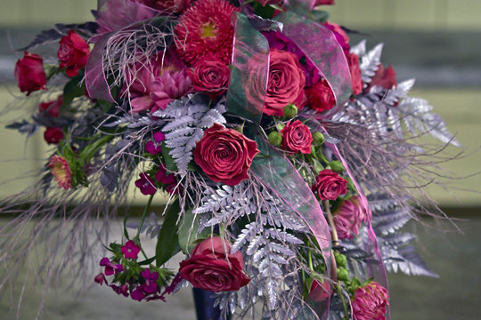 How to arrange flowers_Lavender Shimmer Wedding Bouquet