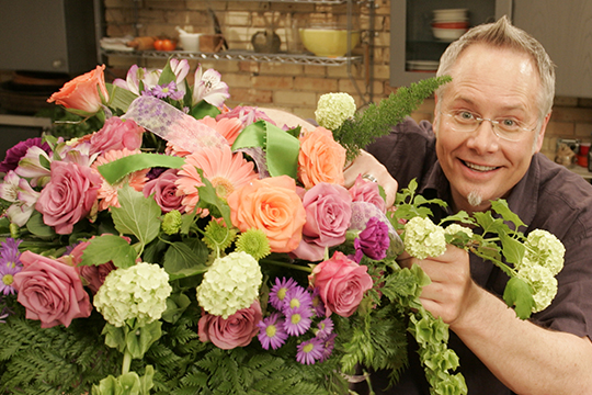 How to Arrange Flowers_Faux Hand Tied - Concealed Water Supply!
