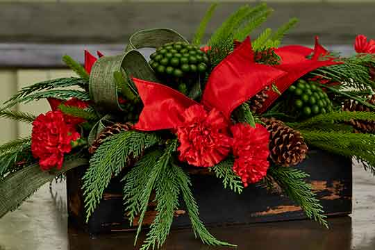 Rustic-chic Christmas Centerpiece