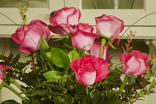 Flower Lesson - Perfect Dozen roses with 7-4-1 and you're done!
