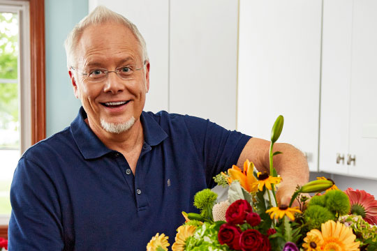 """Host J Schwanke shares simple ways to create a """"Life in Bloom."""" Celebrate and embrace the joy of having flowers in your life, including: flowers for your home, cooking, and helpful flower tips."""
