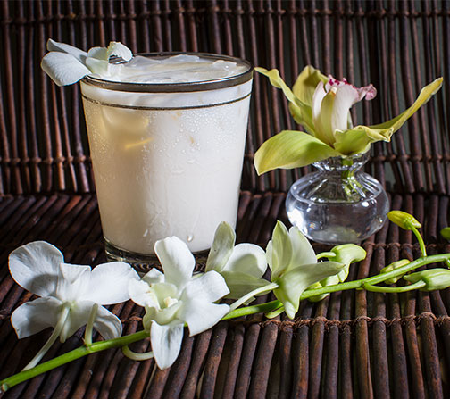 Using Vanilla Flavored Vodka- this #flowercocktailhour recipe is a perfect dessert libation!