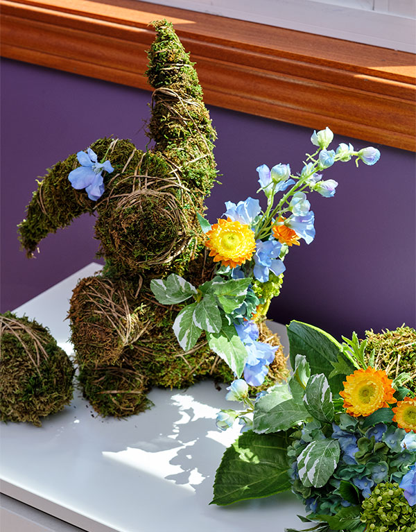 Create a Moss Bunny, Eggs, and Spheres with natural moss on Life in Bloom!