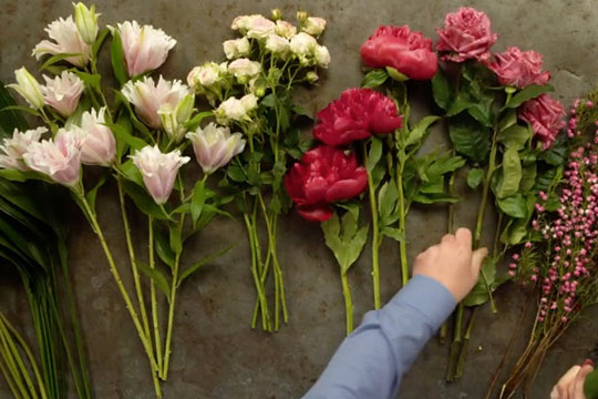 Sorting Flowers for Hand Tied Bouquets!