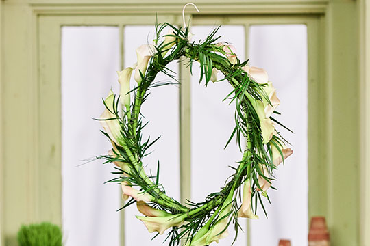 How to make a Calla Lily Hoop