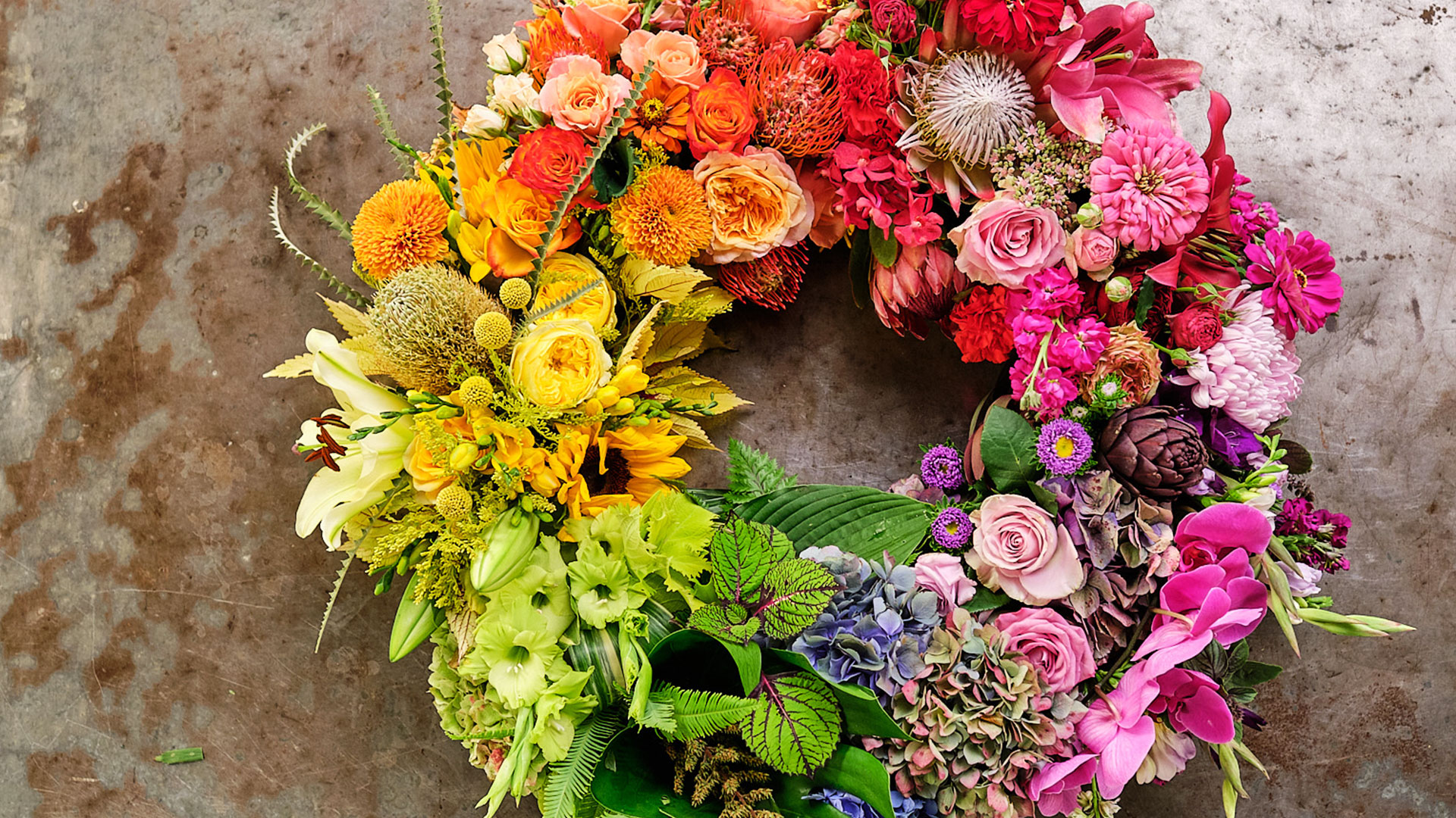 "Flowers: Nature's Rainbow Host J Schwanke shows you how to color your life with Flowers! Flowers are the perfect way to ""try on"" new colors – positively affect your mood, and adding vibrancy to your decorating, cooking, and entertaining."