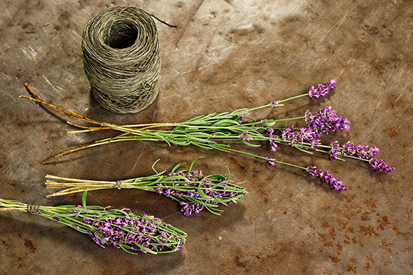 J shares how to create this vintage French Flower Craft- learn to make a Lavender Bottle with Fresh Lavender!