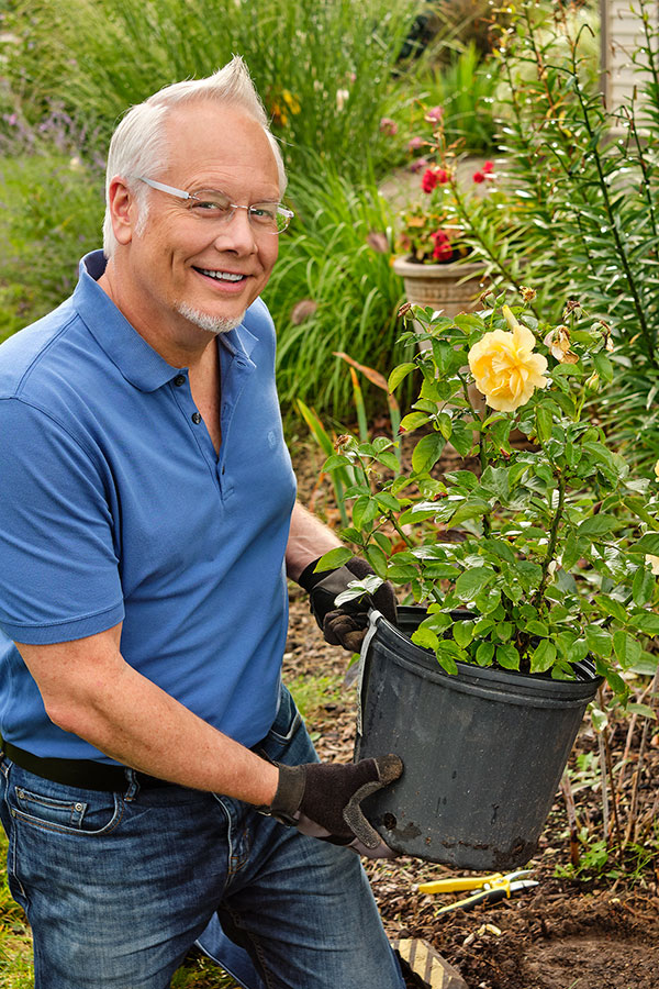 J shares his tips for planting Rose Bushes in your garden on this episode of Life in Bloom!