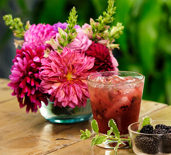 The Blackberry Smash is a fun farm to table Flower Cocktail Hour Drink!