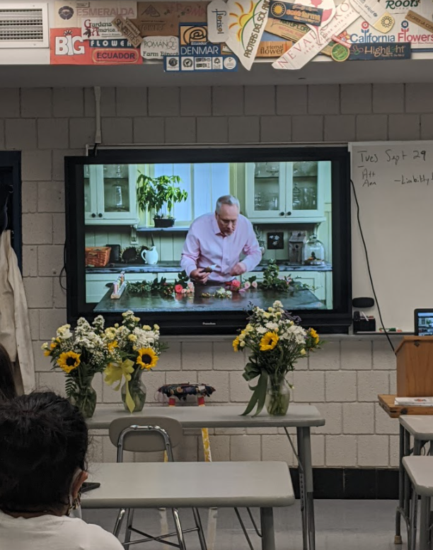 J Schwanke Productions and uBloom.com are providing FREE Distance Learning Videos for Any Flower Education Program and Teacher - all around the world- to assist in Flower Curriculum and Visual Learning.