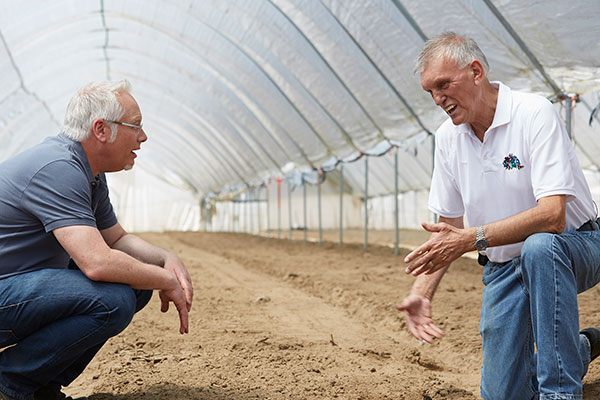My friend Benno Dobbe- the Lily Expert- sharing his Lily expertise with us at his Lily Farm in Santa Maria California!