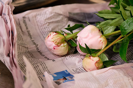 How to arrange with Peonies!