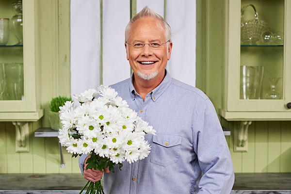 I love Chrysanthemums- and it's fun to dedicate a whole show- to one of my favorite flowers!